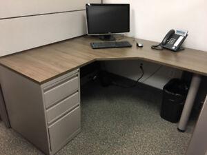 Mobilier de bureau à vendre