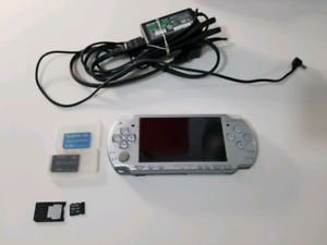 Playstation portable PSP w/ charger