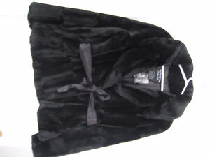 faux fur coat Peterborough Peterborough Area image 1