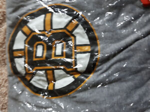 Brand new mens large Boston Bruins shirt