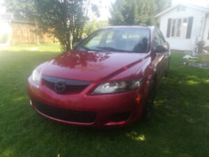 2007 Mazda 6, 186 000km, with winter and summer tires on rims