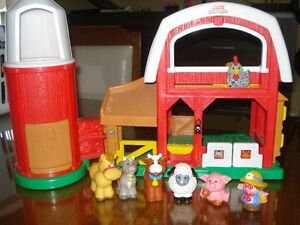 FERME JOUET AVEC ANIMAUX FISHER PRICE