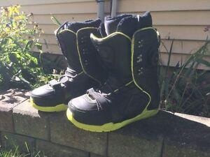 K2 marshmallow snowboarding boots Size 10.5