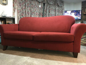 3 seater sofa - Fabric - Good Condition - Classic Red - Curtains