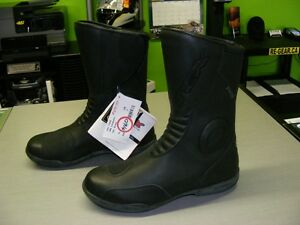 TCX Boots - GORE-TEX - Size 7 - NEW at RE-GEAR Kingston Kingston Area image 3