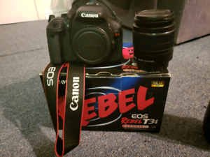 Cannon camera with extras