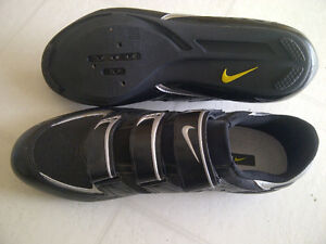 Nike road cycling shoes, men's size 12 London Ontario image 3
