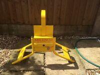Wheel clamp (milenco)