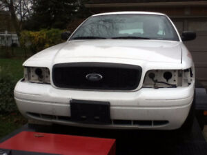 2011 Parting Out X Ford Crown Victoria P71 Interceptor