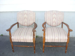 2 armchairs for one low price