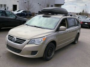 2009 Volkswagen Routan 4dr Wgn   2 YEARS FREE WARRANTY