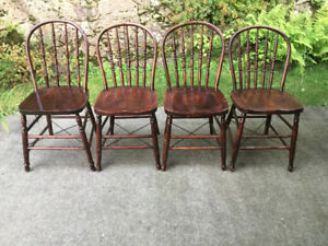 Chaises windsor antiques