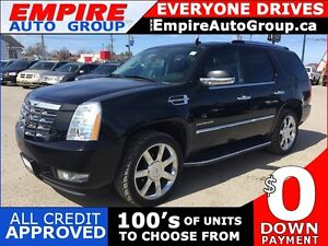 2010 CADILLAC ESCALADE LUXURY * AWD * LEATHER * SUNROOF * REAR C