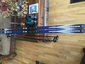 Cross Country Skiis, Boots, Bindings, and Poles, complete set.