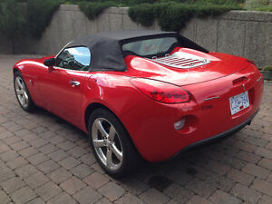 2007 Pontiac Solstice Sports Car (2 seater) North Shore Greater Vancouver Area image 2