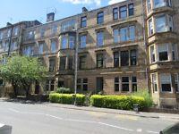 3 bedroom flat in Queen Margaret Drive, West End, Glasgow, G20 8PB