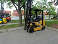 2004 Caterpillar Forklift 5000LB capacity with Side shift