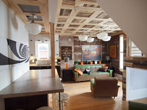 SOHO LOFT STYLE 2 STORY APARTMENT IN HERITAGE BUILDING