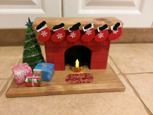 Christmas fireplace with battery operated tealight