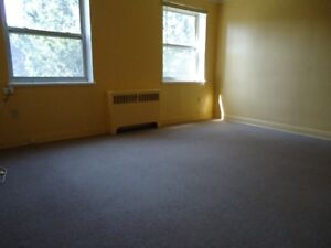 Two bedroom Nov. 1st  $1250 on Aberdeen Ave.