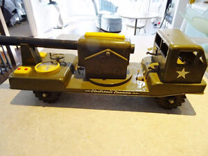 1950s NYLINT PRESSED STEEL electronic cannon truck WORKING