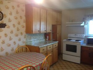 FURNISHED HOME FOR RENT FOR CONTRACTORS IN COBOURG-OCT 1ST 2016