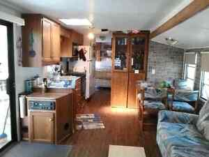 Trailer for sale 38 ft sleeps 6 to 7 people