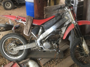 Complete CR250R
