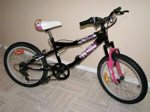 AVICO Girls Bike - 20 Inch wheels