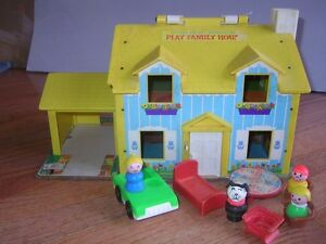 Vintage Fisher Price Little People FAMILY HOUSE & MARINA, $25