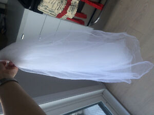 FOR SALE: White veils