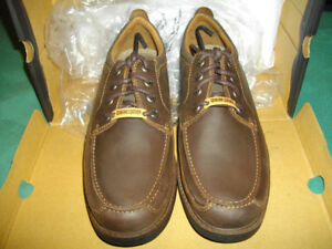 Brand new Dock Dozier deck/boat shoes