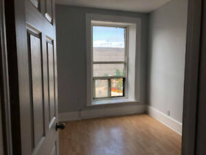 82 James N - 3 Bedroom Top Floor Apartment Available Now!