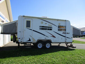 2008 Rockwood Roo 19  Hybrid Camper - Very Good Condition $9200