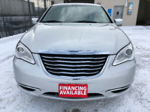 2011 Chrysler 200/ Sunroof/Alloy rims/Heated Seats/Accident free