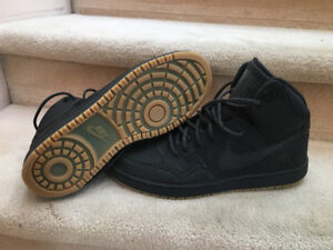 Brand New Men's Nike Force Size 13