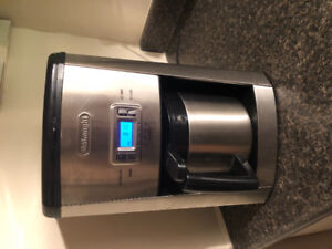 Stainless steal working Delonghi coffee maker -open to offers