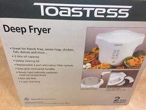 Toastess Deep Fryer New