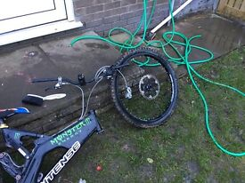 Intense downhill frame wheels and brakes