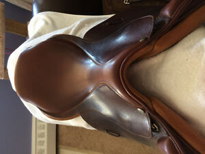 English saddle for sale. Pessoa Gen X- XCH