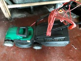 Qualcast RM32 1000w electric lawnmower