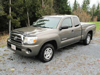 2010 Toyota Tacoma SR5 with access cab Pickup Truck
