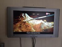 Philps hdmi plasma tv 40inch comes with surround speakers £125