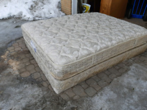 Queen box spring and mattress ( delivery available)
