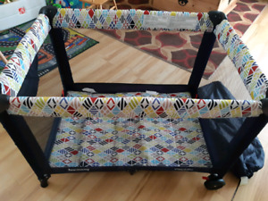 Harmony Play & Go Deluxe Playard