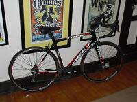 Flawless TREK MADONE 3.1 FULL CARBON 105 CARBONE road bike route
