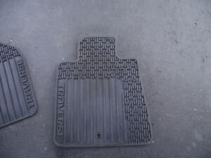 Chev traverse front rubber floor mats for sale