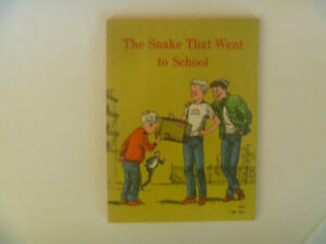 LILIAN MOORE - The Snake That Went To School (1971 Softcover)