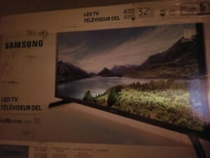 NEW 32 inch Samsung tv for sale