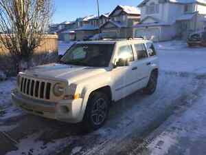 2009 Jeep Patriot Limited 4WD!